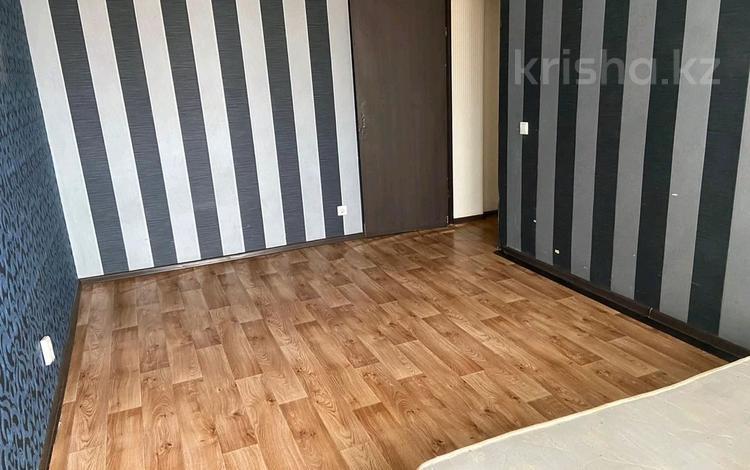 2-комнатная квартира, 47 м², Кенена Азербаева 4 за 16 млн 〒 в Нур-Султане (Астана), Алматы р-н