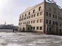 Здание, площадью 3000 м²