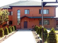 8-комнатный дом, 340 м², 8 сот.