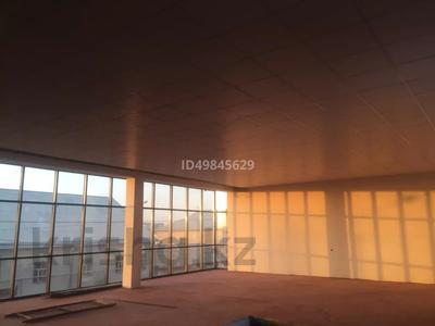 Здание, Ерубаева 116 площадью 525 м² за 650 000 〒 в Туркестане — фото 9