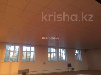 Здание, Ерубаева 116 площадью 525 м² за 650 000 〒 в Туркестане — фото 11