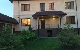 9-комнатный дом помесячно, 700 м², Айша Биби 46 за 2.3 млн 〒 в Нур-Султане (Астана), Есиль р-н