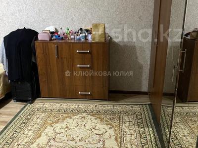 2-комнатная квартира, 60 м², 3/5 этаж, мкр Тастак-2, Тургута Озала 57 — Дуйсенова за 21.9 млн 〒 в Алматы, Алмалинский р-н