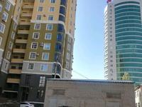 3-комнатная квартира, 80 м², 13/14 этаж посуточно, 11 мкр. 144 — Арай Ажары за 13 000 〒 в Актобе, мкр 11