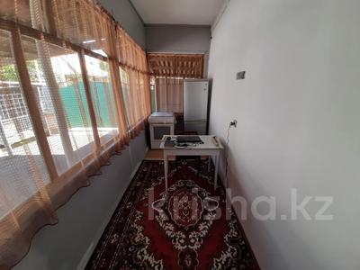 4-комнатный дом, 68.1 м², 4 сот., Ул.Онтустик за 16.5 млн 〒 в Талдыкоргане — фото 3