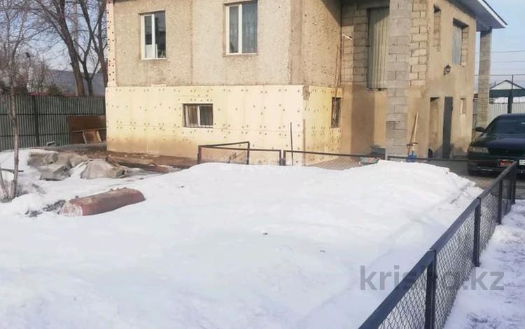 4-комнатный дом, 170 м², 7 сот., Алдабергенова за 22.5 млн 〒 в Талдыкоргане