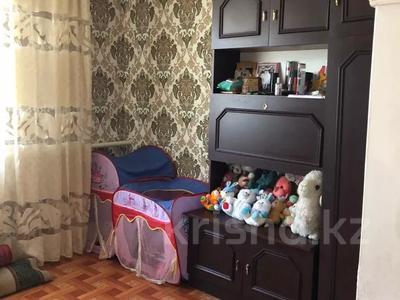 5-комнатный дом, 100 м², 9 сот., 2 омская — Толстого за 6.5 млн 〒 в Семее — фото 9
