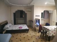 1-комнатная квартира, 60 м², 4/10 этаж посуточно, мкр 5, Молдагулова 13 за 7 000 〒 в Актобе, мкр 5