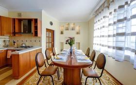 5-комнатная квартира, 185 м², 7/10 этаж, проспект Кунаева за 80 млн 〒 в Шымкенте, Аль-Фарабийский р-н