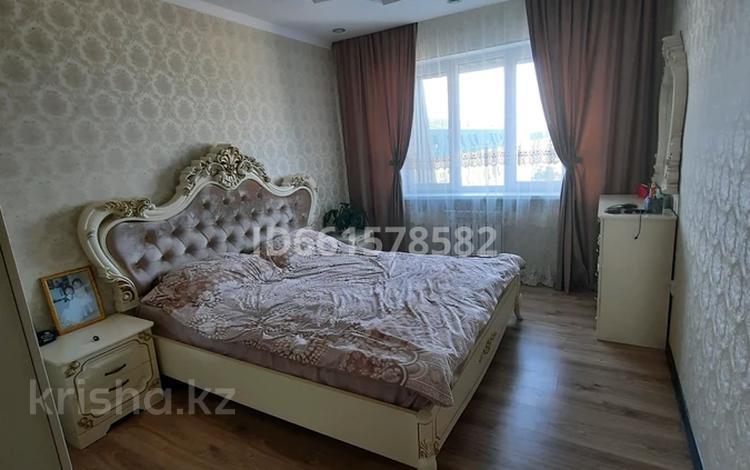 3-комнатная квартира, 70 м², 6/6 этаж, мкр Нурсая 65 за 23 млн 〒 в Атырау, мкр Нурсая