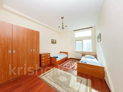 3-комнатная квартира, 120 м², 15 этаж посуточно, Динмухамеда Кунаева 12 за 17 000 〒 в Нур-Султане (Астана), Есиль р-н — фото 6