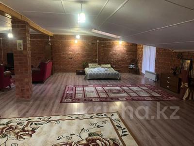3-комнатная квартира, 157 м², 6/6 этаж помесячно, Мкр Коктем 8 за 250 000 〒 в Кокшетау