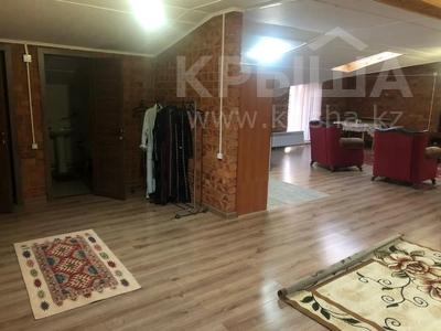 3-комнатная квартира, 157 м², 6/6 этаж помесячно, Мкр Коктем 8 за 250 000 〒 в Кокшетау — фото 5