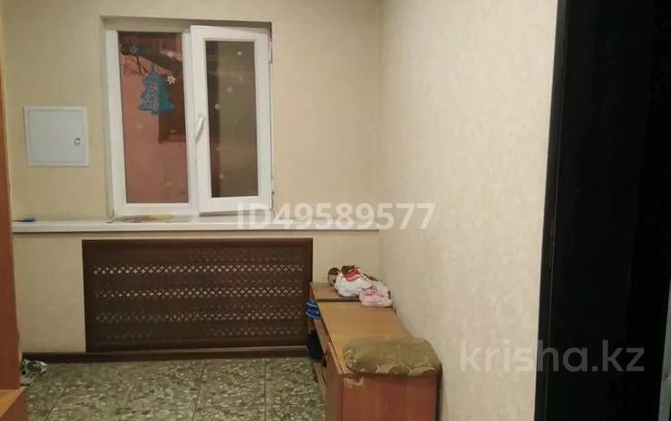 3-комнатный дом, 79 м², 6 сот., ул. Тореза 5 за 12 млн 〒 в Шымкенте, Абайский р-н