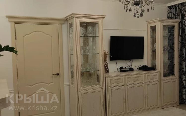 2-комнатная квартира, 53 м², 11/18 этаж, Тауелсиздик 21/9 за 25 млн 〒 в Нур-Султане (Астане), Алматы р-н