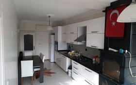 4-комнатная квартира, 145 м², 14/15 этаж, Barış Mah. B blok, 1/2 за 37.5 млн 〒 в Стамбуле