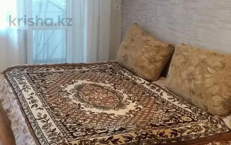 1-комнатная квартира, 35 м², 4/5 этаж посуточно, Баймагамбетова 193 — Аль-Фараби за 4 500 〒 в Костанае