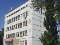 Здание, площадью 1602 м²