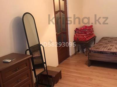 1-комнатная квартира, 25 м², 2/5 этаж помесячно, Сатпаева 14 за 80 000 〒 в Атырау — фото 3