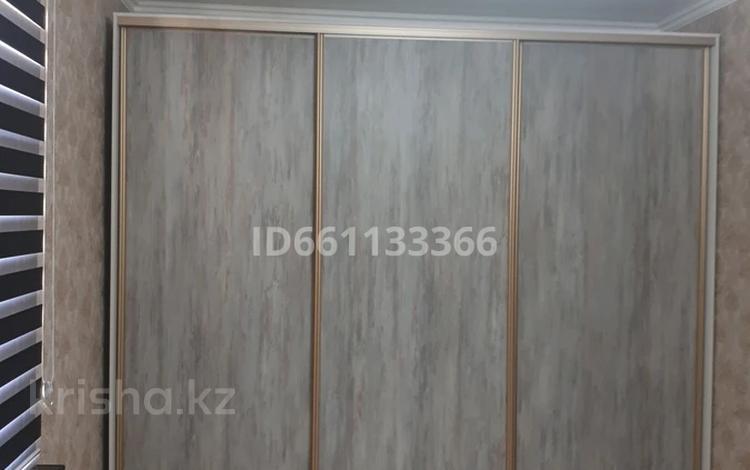 2-комнатная квартира, 76 м², 3/4 этаж, мкр Нурсат 201 за 25 млн 〒 в Шымкенте, Каратауский р-н