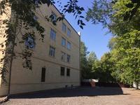 Здание, площадью 4100 м²