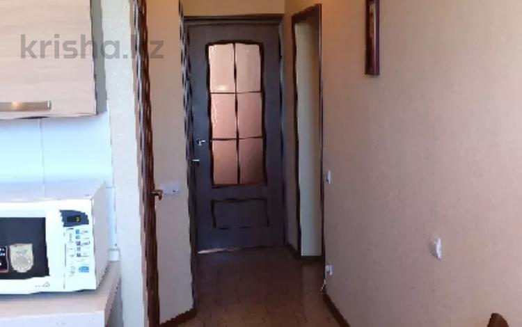 3-комнатная квартира, 84 м², 2/2 этаж, проспект Шакарым 168 за 18 млн 〒 в Усть-Каменогорске