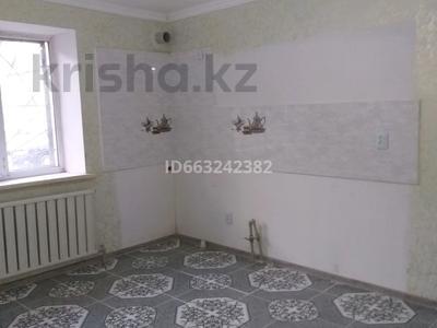 2-комнатная квартира, 35 м², 1/2 этаж помесячно, Мажитова 8/1 — Бердикулова за 60 000 〒 в Узынагаш
