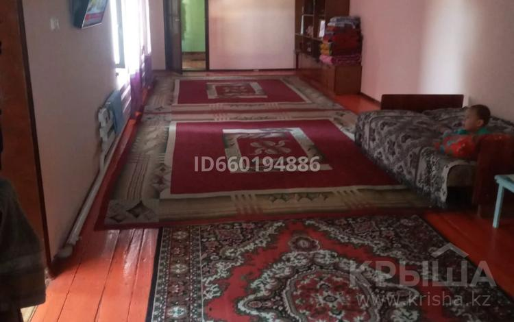 6-комнатный дом, 230 м², 6 сот., Привокзальная за 24 млн 〒 в Туркестане