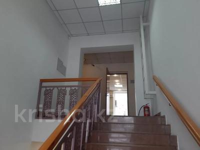 Здание, площадью 2213.6 м², Торайгырова 64 за ~ 276.1 млн 〒 в Павлодаре — фото 15