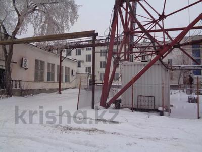 Здание, площадью 2213.6 м², Торайгырова 64 за ~ 276.1 млн 〒 в Павлодаре — фото 41
