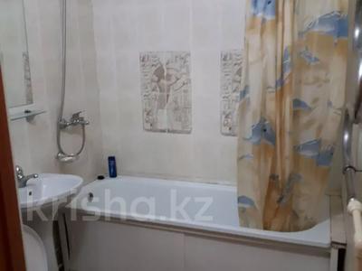 1-комнатная квартира, 38 м², 11 этаж посуточно, Казахстан 68 за 6 000 〒 в Усть-Каменогорске — фото 5