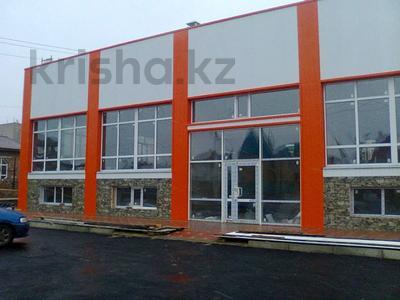 Магазин площадью 642.6 м², Арыстанбекова 3/9 — Абая за 141.5 млн 〒 в Костанае