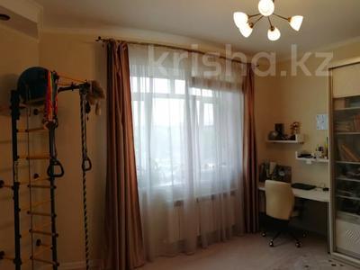 3-комнатная квартира, 105 м², 3/17 этаж, Абая — Тургут Озала за 45 млн 〒 в Алматы, Бостандыкский р-н — фото 3