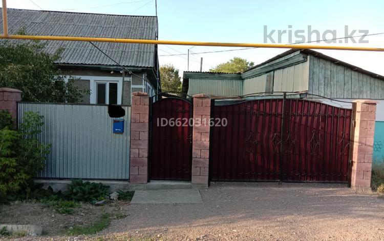 4-комнатный дом, 59 м², 10 сот., Домалак ене за 10.5 млн 〒 в Узынагаш