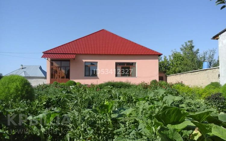 6-комнатный дом, 130 м², 10 сот., Ауес апа 14 за 28.5 млн 〒 в Туркестане