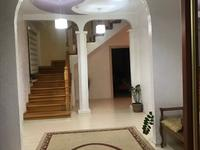 5-комнатный дом, 205 м², 6 сот.