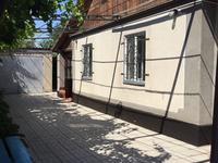 6-комнатный дом, 150 м², 6 сот., Желтоксан 246 за 30 млн 〒 в Таразе