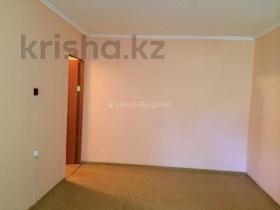 2-комнатная квартира, 46 м², 2/4 этаж, мкр №1, Мкр №1 за 14.3 млн 〒 в Алматы, Ауэзовский р-н — фото 2