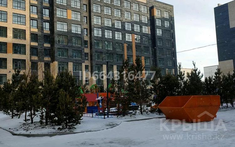 1-комнатная квартира, 38 м², 8/10 этаж, Коргалжынское шоссе 17 за 14.3 млн 〒 в Нур-Султане (Астана), Есиль р-н