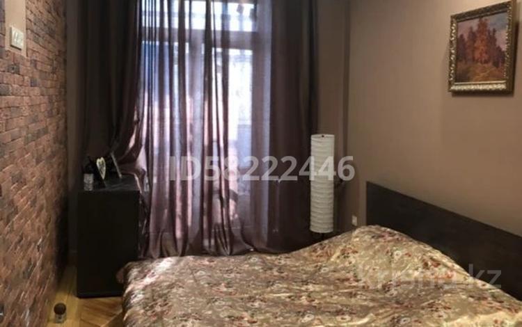 2-комнатная квартира, 57 м², 4/5 этаж, Лободы 5 — проспект Бухар Жырау за 30.5 млн 〒 в Караганде, Казыбек би р-н