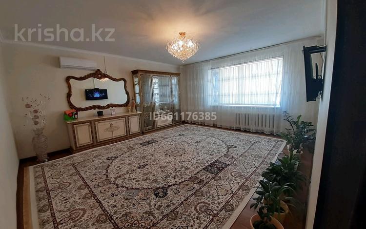 3-комнатная квартира, 72 м², 1/4 этаж, 5 67 за 16 млн 〒 в Жанаозен