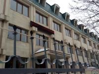 Здание, площадью 2030 м²