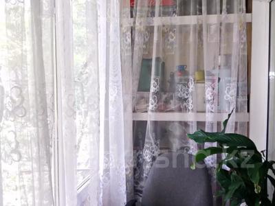 3-комнатная квартира, 56 м², 4/4 этаж, мкр №12, 12-й микрорайон — Шаляпина за 16.9 млн 〒 в Алматы, Ауэзовский р-н — фото 11