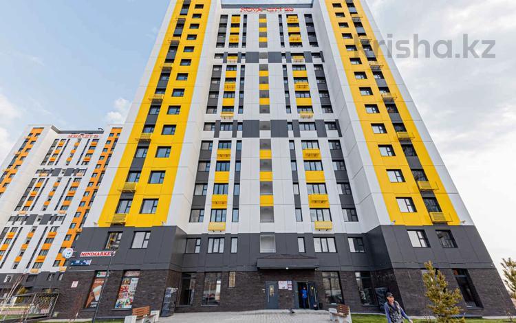 1-комнатная квартира, 35 м², 13/16 этаж, 38-ая за 11.8 млн 〒 в Нур-Султане (Астана), Есиль р-н