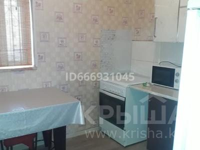 2-комнатная квартира, 62 м², 2/4 этаж, 4 мкр 40 за 14 млн 〒 в Жанаозен
