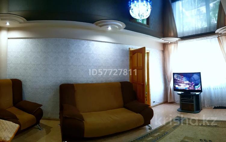 3-комнатная квартира, 60 м² посуточно, Астана(Солнечная) 14 — Дв.Спорта за 12 000 〒 в Усть-Каменогорске