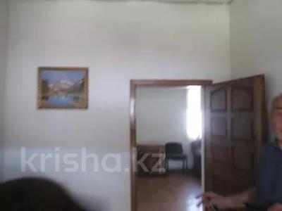 Здание, площадью 395.1 м², Туймебаева 56 за ~ 17.7 млн 〒 в Алматинской обл. — фото 4