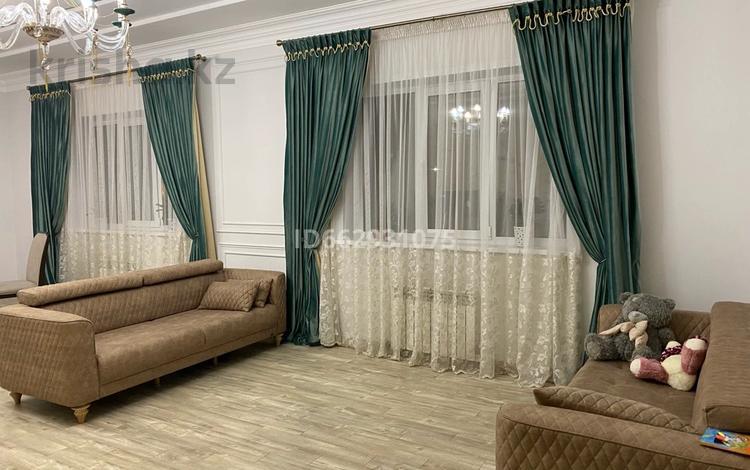Здание, площадью 1550 м², Дегерес 2 за 220 млн 〒 в Нур-Султане (Астана), Алматы р-н