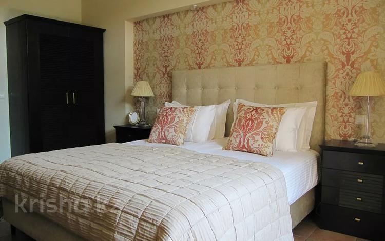 1-комнатная квартира, 39 м², 3/5 этаж посуточно, Торайгырова — Дюсенова за 8 000 〒 в Павлодаре