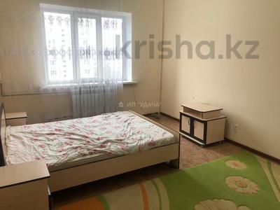 1-комнатная квартира, 42 м², 5/9 этаж помесячно, мкр Жетысу-2 57 — проспект Абая за 100 000 〒 в Алматы, Ауэзовский р-н